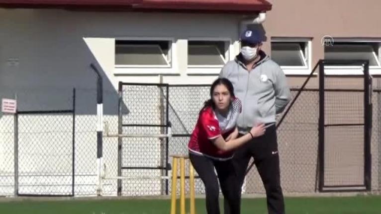 Muğla'da Düzenlenen Türkiye Kriket Açık Alan Şampiyonası Devam Ediyor