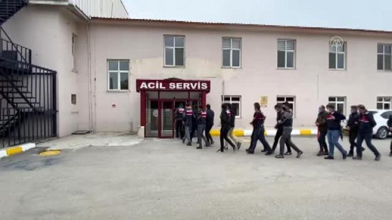 Muğla, İstanbul ve Van'da Eş Zamanlı Terör Operasyonu: 13 Gözaltı