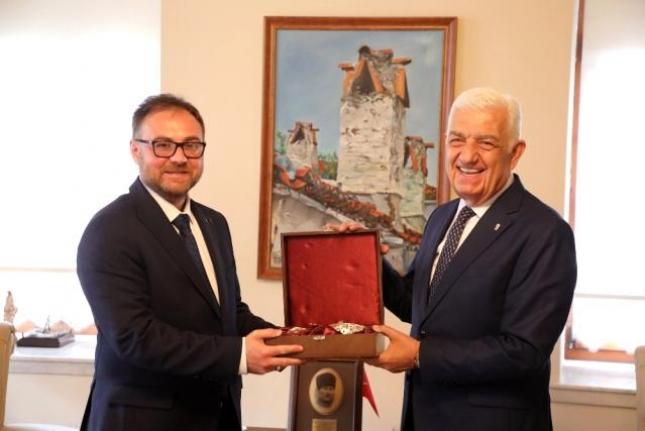Ukrayna Antalya Konsolosu'ndan Başkan Gürün'e Ziyaret