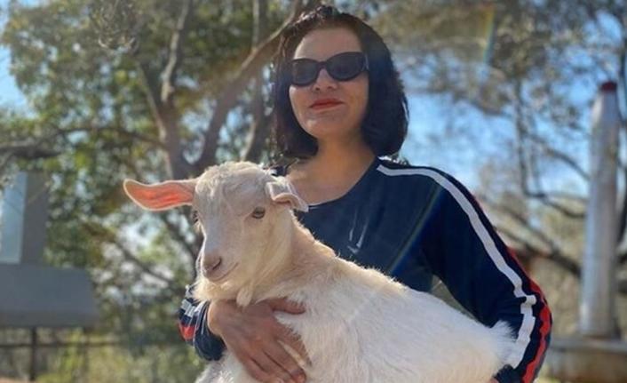 Ünlü Şarkıcı Göksel Göcek'teki Köy Hayatına Çabuk Alıştı