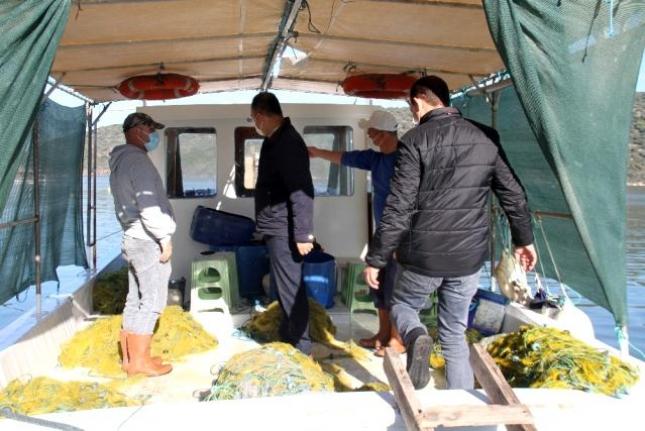Milas'ta Yasadışı Su Ürünleri Avcılığının Önlenmesi İçin Denetimler Sürüyor