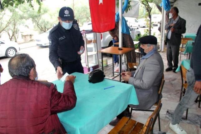 Muğla'da Emniyet 15 Saatlik Denetimde 3 Bin Kişi Sorguladı