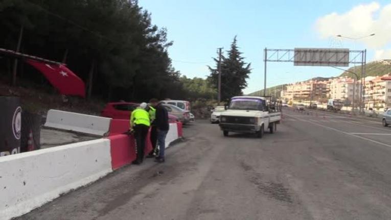 Muğla'da Trafikten Çekme Belgeli Araç Kullanan Ehliyetsiz Sürücüye 3 Bin 701 TL Ceza