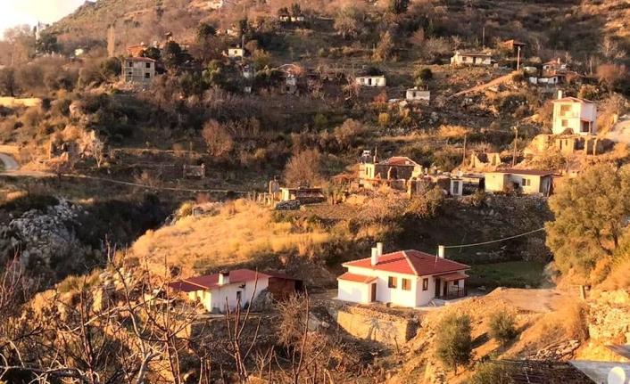 Muğla'da, Yangınzedeler Evlerine Kavuştu Ama Elektriksiz Kaldı