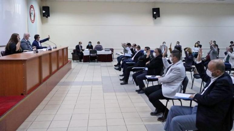 Menteşe Belediye Meclisi Tabelalarda Türkçe İsim Kullanılması Kararı Aldı