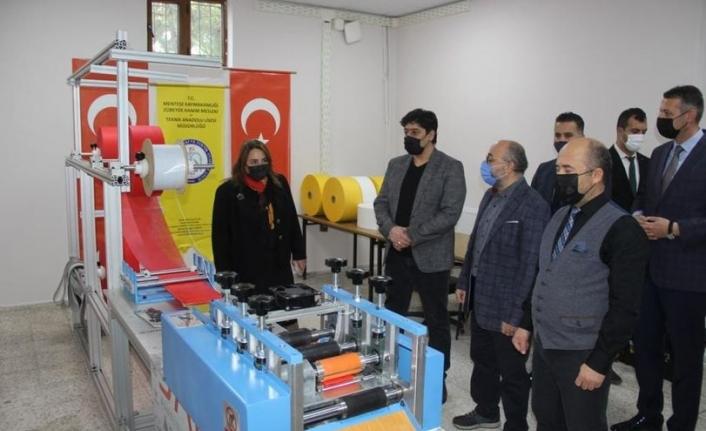 Muğla'da Maske Üretimi Artık Yerli Ultrasonik Makine İle Yapılacak