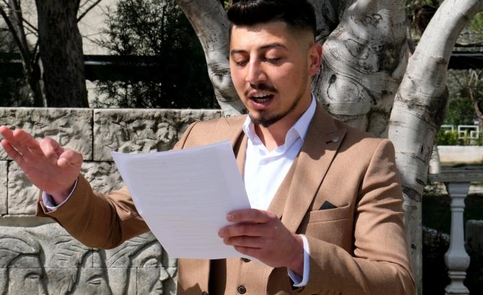 Muğla'da Üniversite Öğrencisi Olan Çabuk, Bağımsız Milletvekili Adayı Olmak İçin Destek İstiyor