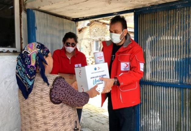 Menteşe Kızılay'dan Kırsal Mahallelere Gıda Kolisi Desteği