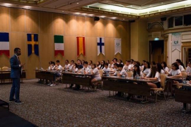 """Muğla Dahil 9 İlden 13 Devlet Lisesi """"Liseli Büyükelçiler Programı"""" ile Dünyaya Açılıyor"""