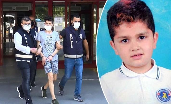 8 Yaşındaki Kardeşini 27 Bıçak Darbesiyle Öldürdü, 'Hatırlamıyorum' Dedi