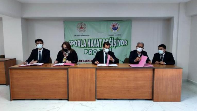 Dalaman'da 'Sporla Hayat Değişiyor' Projesi İçin İmzalar Atıldı