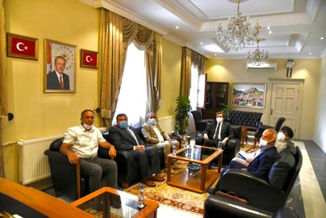 Milliyetçi Hareket Partisi Yönetiminden Vali Orhan Tavlı'ya Ziyaret