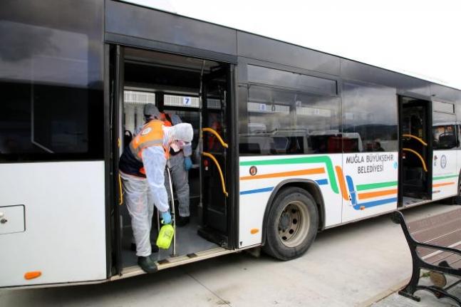 Muğla Büyükşehir'den Türkiye'de Bir İlk: Vatandaşlar Araçların Ne Zaman Dezenfekte Edildiğini Görebilecek