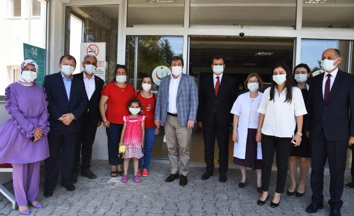 Vali Orhan Tavlı' dan Sağlık Çalışanlarına Moral Ziyareti