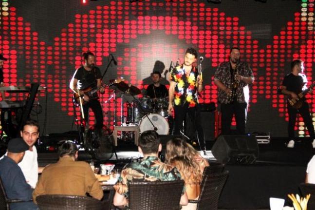1 Yıllık Hasret Sona Erdi; Bodrum'da Konser Özlemi Bitti