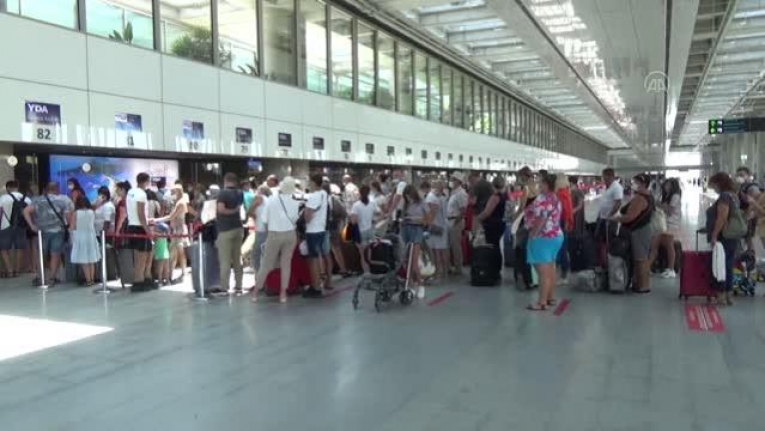 Dalaman Havalimanı'nda Bayram Tatilinde Gerçekleştirilen Uçuş Sayısı Açıklandı