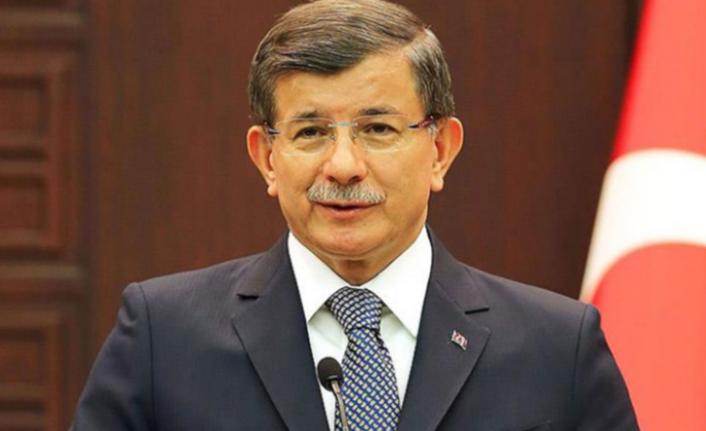 Davutoğlu: Devleti 3-5 Yolsuza Peşkeş Çektiler
