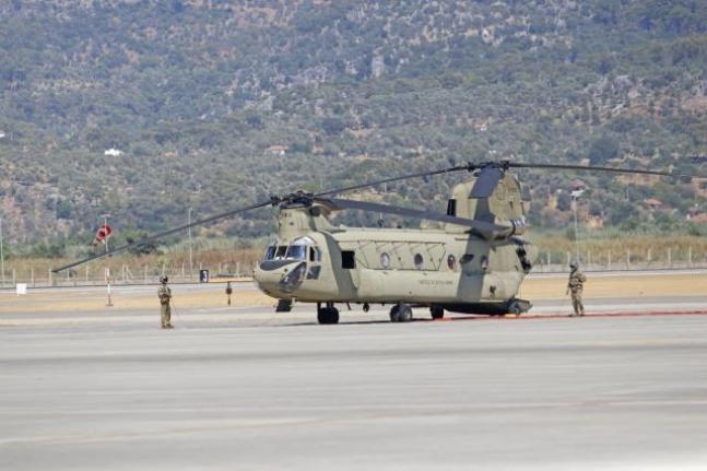 Muğla'daki Orman Yangınlarının Soğutma Çalışmaları için ABD'den 2 Helikopter Geldi
