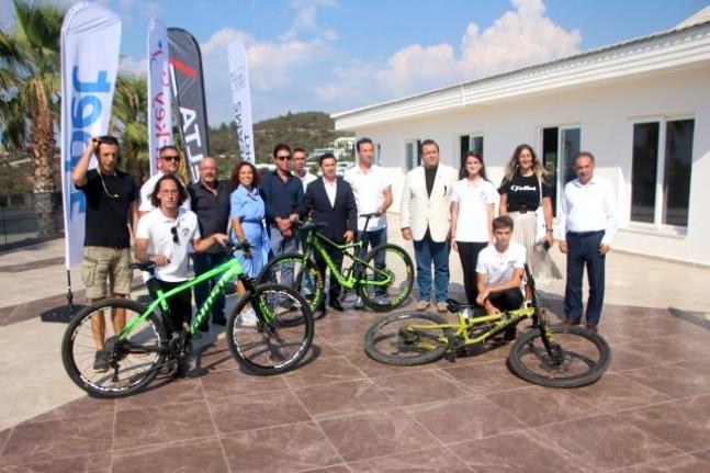 Bisikletler Fethiye, Marmaris ve Bodrum Sokaklarında Yarışacak