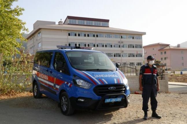 Fethiye'de Jandarma Ekiplerinden Okullar Bölgesinde Sıkı Denetim