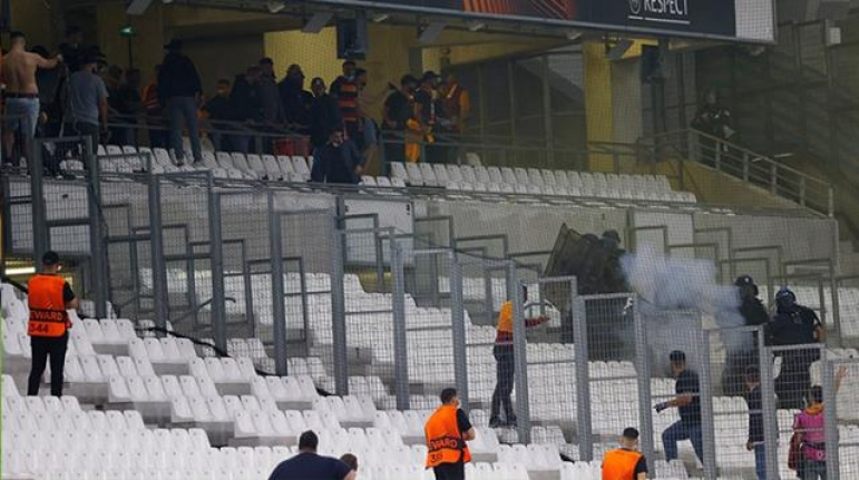 Fransız Polisinden Galatasaray Taraftarlarına Skandal Müdahale!