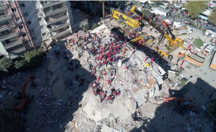 İzmir Depreminde Yıkılan Rıza Bey Apartmanı'nın Mimarı Konuştu