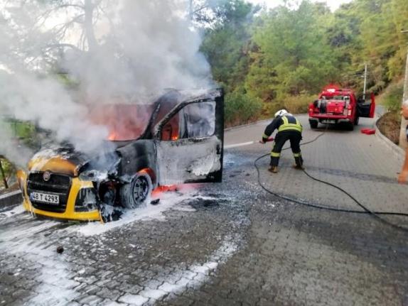Marmaris'te Ticari Taksi Yandı