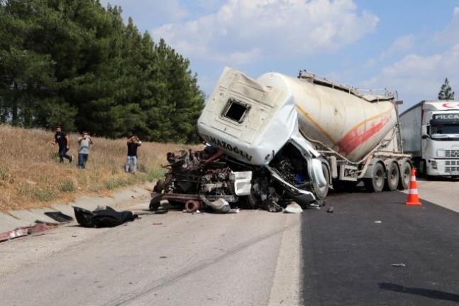 Yolcu Otobüsü Kaza Yaptı: 1 Kişi Yaşamını Yitirdi!