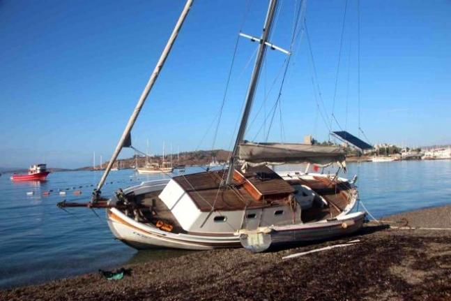 Bodrum'da Yön Değiştiren Rüzgar Denizcileri Vurdu