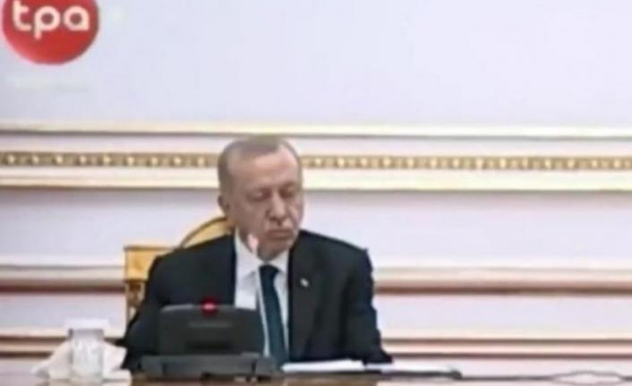 Cumhurbaşkanı Erdoğan Yine Uyuyakaldı
