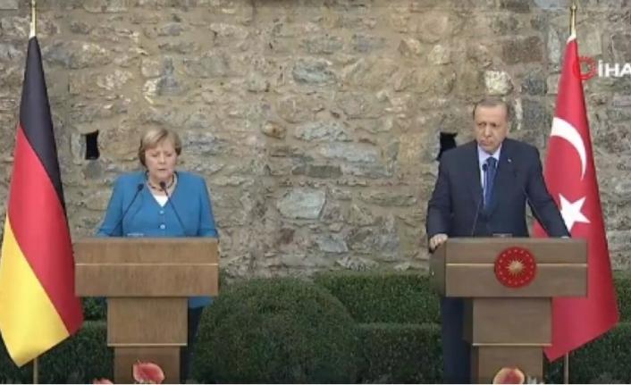 Erdoğan ve Merkel Görüşmesi Sona Erdi