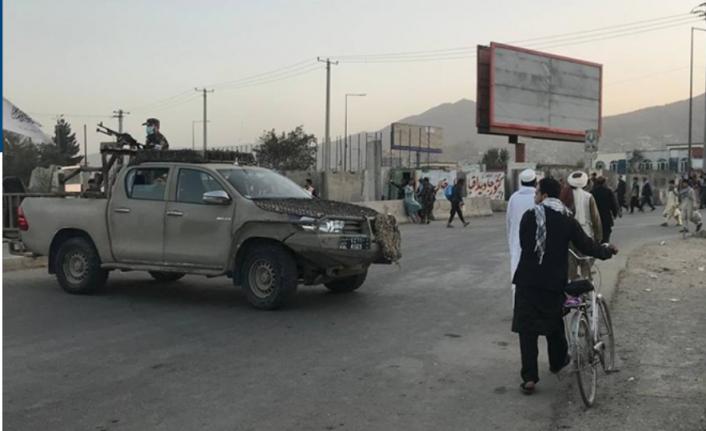 Kabil'deki Camiye Bombalı Saldırı!