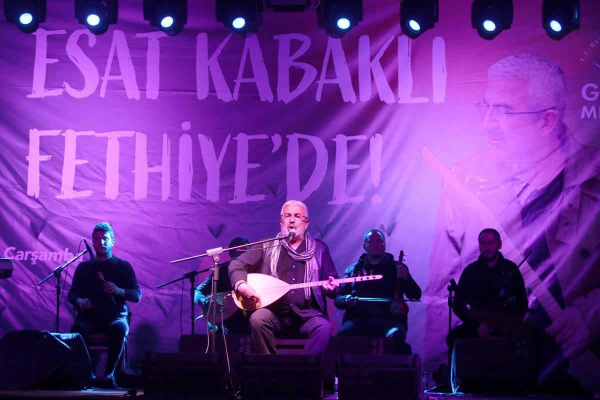 ESAT KABAKLI, FETHİYE'DE KONSER VERDİ