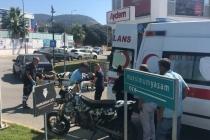 BODRUM'DA OTOMOBİL VE MOTOSİKLET ÇARPIŞTI
