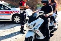 MUĞLA'DA MOTOSİKLET SÜRÜCÜLERİNE KASK DENETİMİ