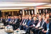 Başkan Mehmet Oktay Turizm Zirvesine Katıldı
