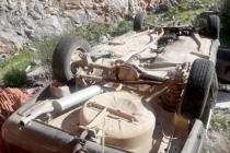 Fethiye'de Yoldan Çıkan Otomobil 8 Metre Yükseklikten Düştü