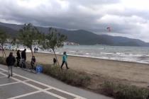 Marmaris'te Sörf Tutkunları Rüzgarı Fırsat Bildi!
