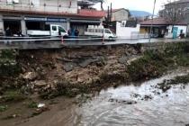 Milas'ta Sağanak Yağış: İstinat Duvarı Çöktü!