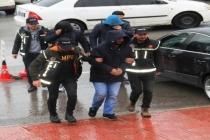 Uyuşturucu Tacirleri Yılbaşı Gecesi Yakalandı