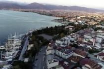 Fethiye'de Türkçe ve İngilizce Koronavirüs Anonsu