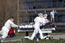 İspanya'da Askerler Yaşlıları Evlerinde Ölü Buluyor!