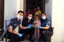 Bodrum'da Polislerden Küçük Aysima'ya Doğum Günü Sürprizi