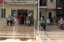 Fethiye'de Huzurevi Sakinleri Bando Konseriyle Moral Buldu