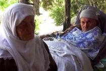 Muğla'da Örnek Çift: Felçli Eşine 9 Yıldır Sevgiyle Bakıyor