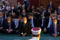 Ayasofya'da Saflar Tutulmaya Başlandı!