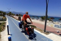 Bisikletiyle Dünya Turuna Çıkan İspanyol Gezgin, Kuşadası'na Hayran Kaldı