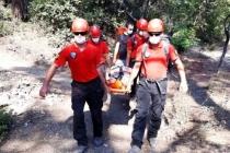 Fethiye'de Ayağı Kırılan Tatilciyi JÖAK, JAK ve UMKE Kurtardı