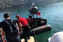 Kayalıklarda Mahsur Kalan Yaralı Tatilci Kurtarıldı