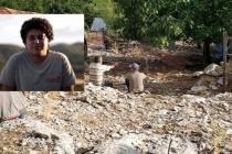 Seydikemer'de, 19 Yaşındaki Ozan Sığındığı Ağacın Altında Ölü Bulundu